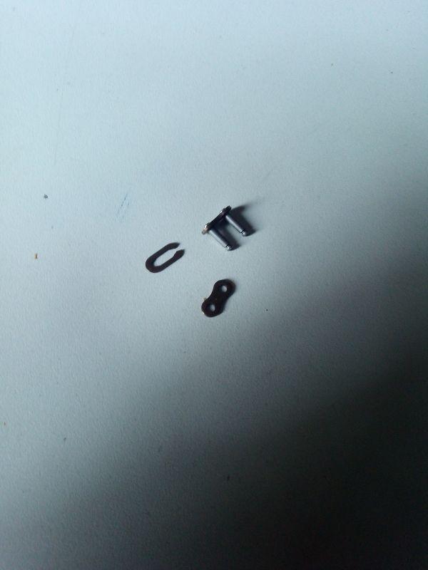 Eslabon cadena 25h patinete eléctrico Raycool