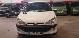 Peugeot 206 2.0 HDi Año 2000.CON CAMBIO DE NOMBRE.