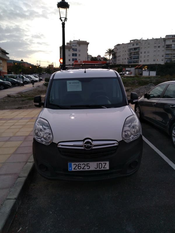 Furgoneta Opel Combo 2015