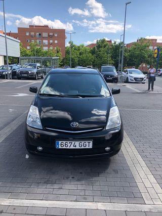 Toyota Prius híbrido. - ECO - full equip