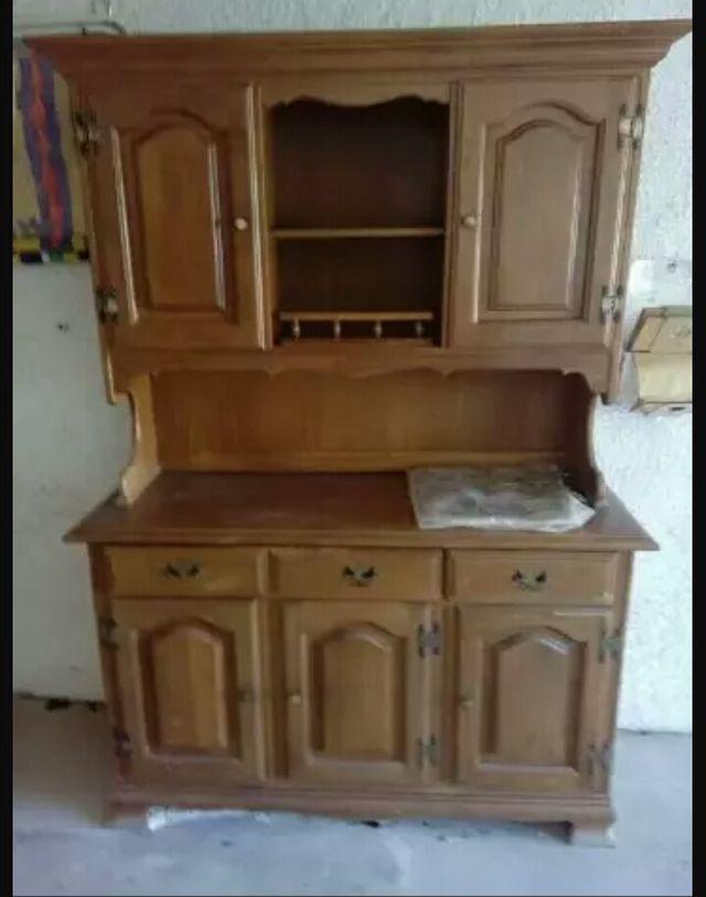 Armario comedor de madera de segunda mano por 150 € en Figueres en ...