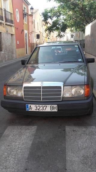Mercedes-Benz Clase 300 D 1987