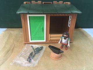 Playmobil caseta herrero