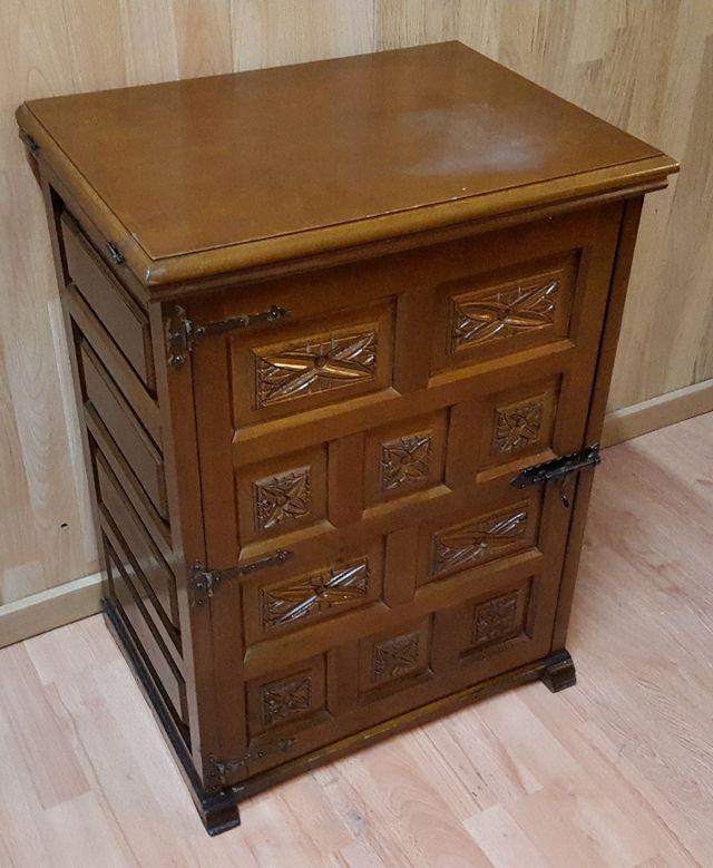Muebles para maquinas de coser elegant mueble para maquina de coser foto with muebles para - Mueble maquina de coser ...