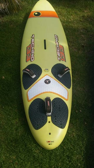 windsurf bic techno 133