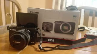 Camara Canon Eos M10