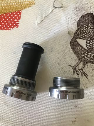 Eje pedalier shimano 1.37x24