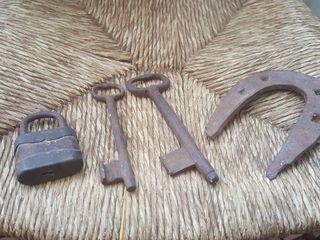 Lote... candado llaves herradura antiguo