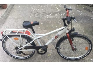 "Bicicleta B-Twin TAGGSY 24"""