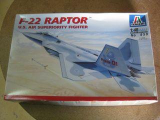 Maqueta avión de combate F-22 Raptor.