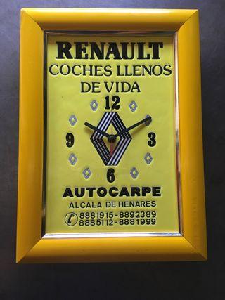 Reloj de pared Renault