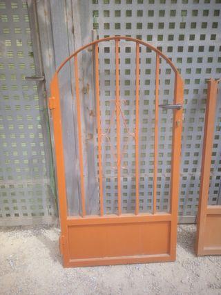 puerta de patio