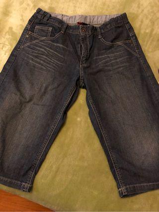 Pantalon corto Mayoral talla 18 niño