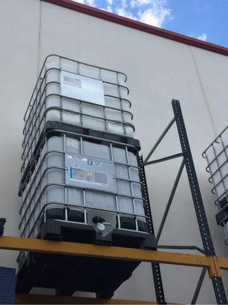 Bidones de agua de 1000 litros
