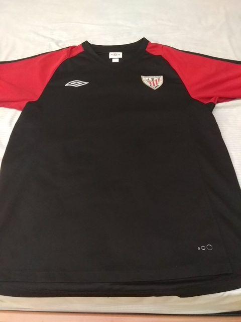 Camiseta Athletic Club Entrenamiento de segunda mano por 20 € en ... f08a70a6a7ae3