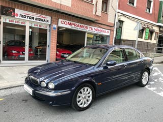 Jaguar X-Type 2.5 V6 EXECUTIVE