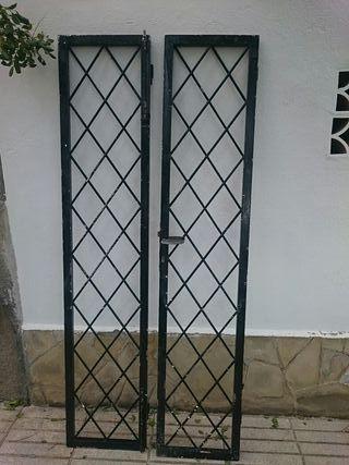 dos puertas rejas 43 por 208