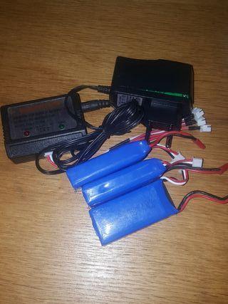3 baterias y cargador tarantula x6.