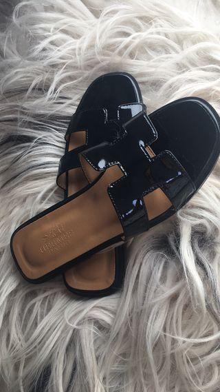 Hermes slippers
