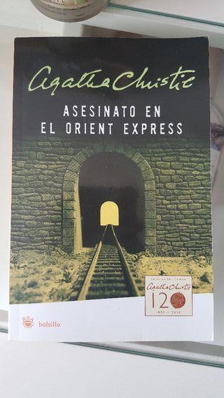 """Libro """" Asesinato en el Orient Express"""" NUEVO"""
