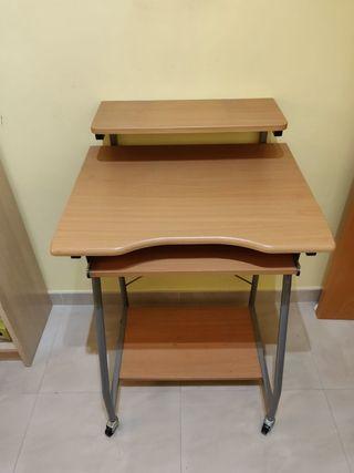 Mesa auxiliar para ordenador de segunda mano en valencia en wallapop - Mesas de segunda mano en valencia ...