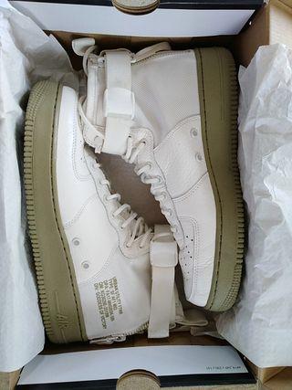 Zapatillas Nike Air Force 1 SF Mid