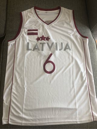 Camiseta porzingis letonia