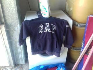 polo Gap azul guapa