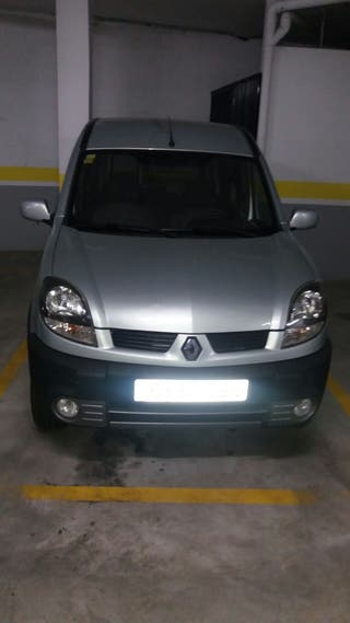 renault grand kangoo 2006 de segunda mano por 2 9 en urbanizacion las colinas en wallapop. Black Bedroom Furniture Sets. Home Design Ideas