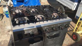 Cocina Gas 6 Fuegos y Horno