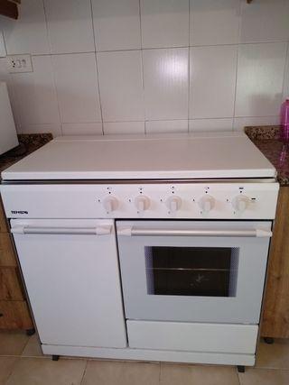 Cocina con horno butano de segunda mano en wallapop - Cocina de gas butano y horno electrico ...