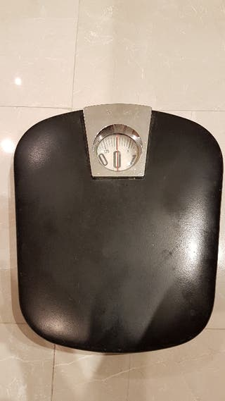 Bascula sin pilas hasta 125 kg.