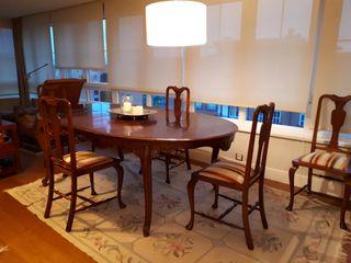 mesa comedor cerezo y cinco sillas antiguas