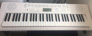 Piano Casio Lk 247
