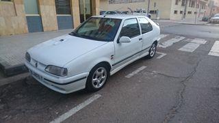 Renault 19 16v Rsi