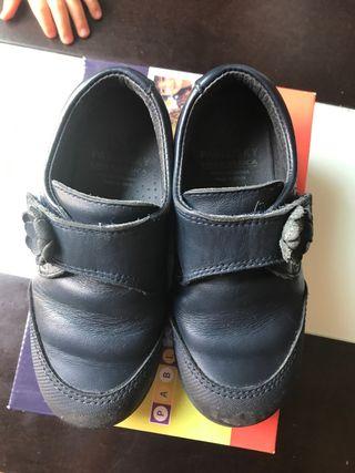 Zapatos escolares T 28