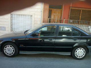 BMW Serie 318 i gasolina