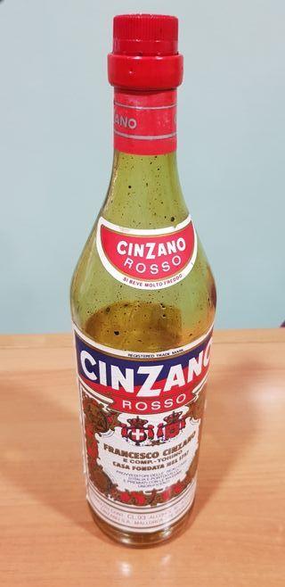 Botella Cinzano antigua