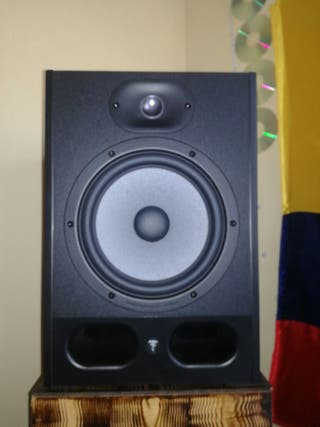 MONITORES DE ESTUDIO FOCAL ALPHA 8