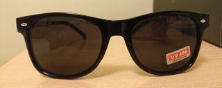 Gafas de sol negras y doradas NUEVAS SIN ENTRENAR