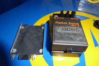 Pedal de Guitarra METAL ZONE buen estado MT-2