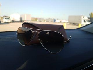 Gafas ray-ban doradas