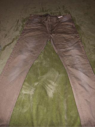 Pantalon. Nuevo sin etiqueta