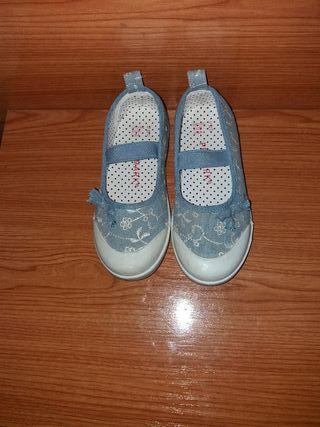 Zapatillas número 28