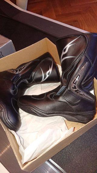 botas nuevas sin estrenar