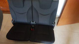 asientos traseros prius plus