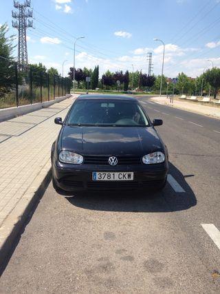 Volkswagen Golf 2003 1.6 gasolina 16V