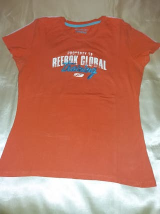 Camiseta reebok talla 40