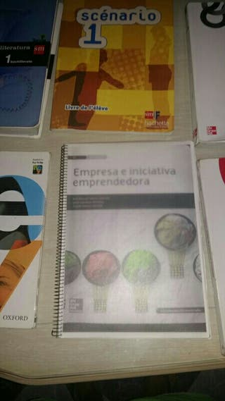Libros 1Bach de sociales