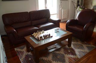 Sofá, butaca y mesa